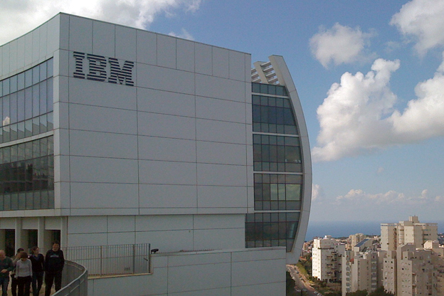 IBM, Oracle keen to work with AP to promote startup