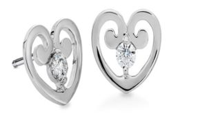 Valentines day heart stud earrings